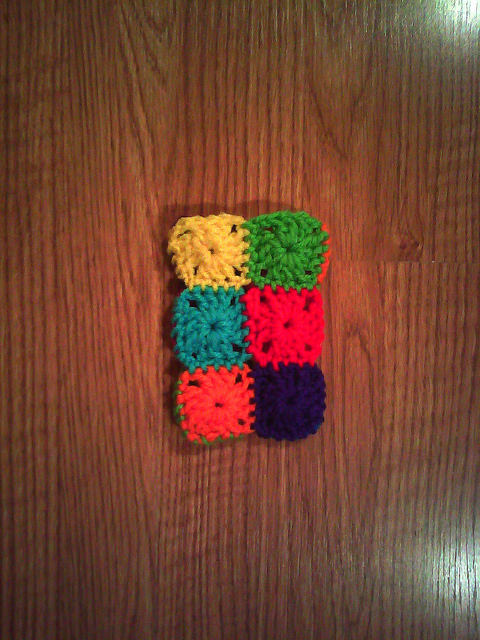 granny square crochet cellphone cozy