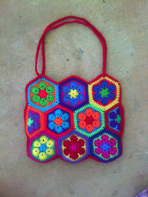 Crochet bag made with african flower hexagon