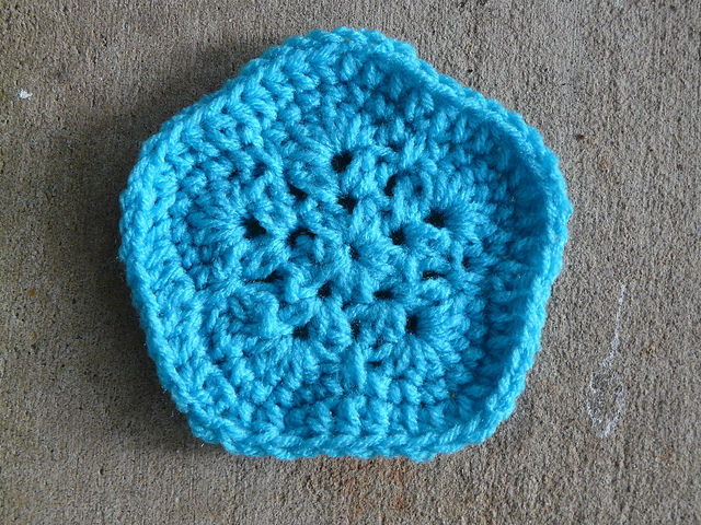 crochet pentagon for a crochet soccer ball