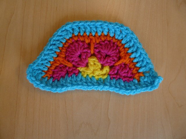 crochet hexagon half with a crochet border