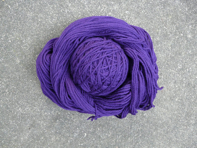 wool yarn after a vinegar soak