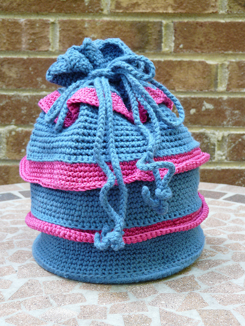 ruffled drawstring crochet purse
