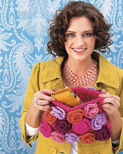crochetbug, crochet, crochet purse, crochet bag, crochet handbag, crochet clutch, crochet flowers
