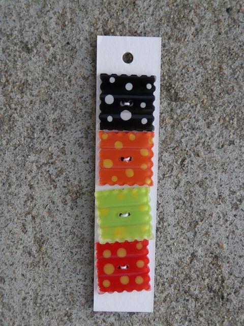 square buttons, crochetbug, crochet, crocheted, crocheting,