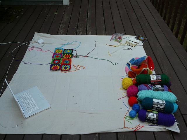 crochet en plein air, crochetbug, yarn, granny squares, granny square, crochet square, crochet squares, crochet dress, granny square dress