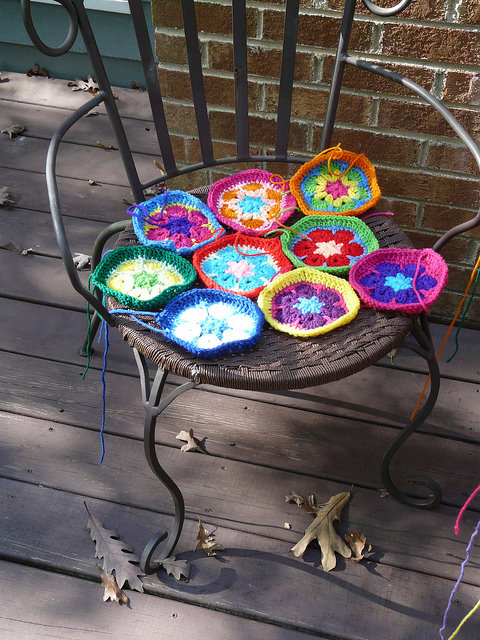 crochetbug, crochet hexagons, crochet flowers, african flower hexagon crochet motif, crochet swap