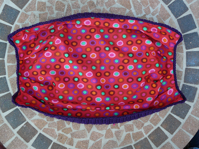 crochetbug, fat bottom crochet bag, crochet fat bag, crochet purse, fabric lining
