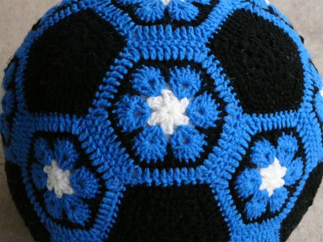 Duke Blue crochet soccer ball, crochetbug, crochet hexagons, crochet pentagons, crochet flowers, African Flower hexagons