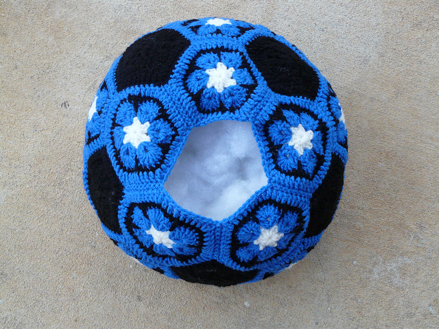 Duke Blue crochet soccer ball, crochetbug, crochet hexagons, crochet pentagons, crochet flowers, African Flower hexagons
