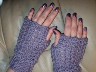 crochetbug, crochet fingerless gloves, fingerless crochet gloves, free crochet pattern