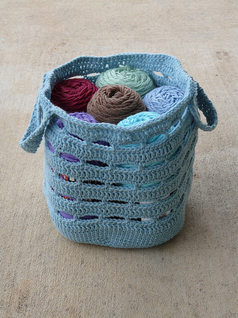 crochet bag with yarn stash