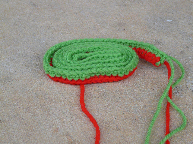 another multicolor crochet strap for a crochet purse