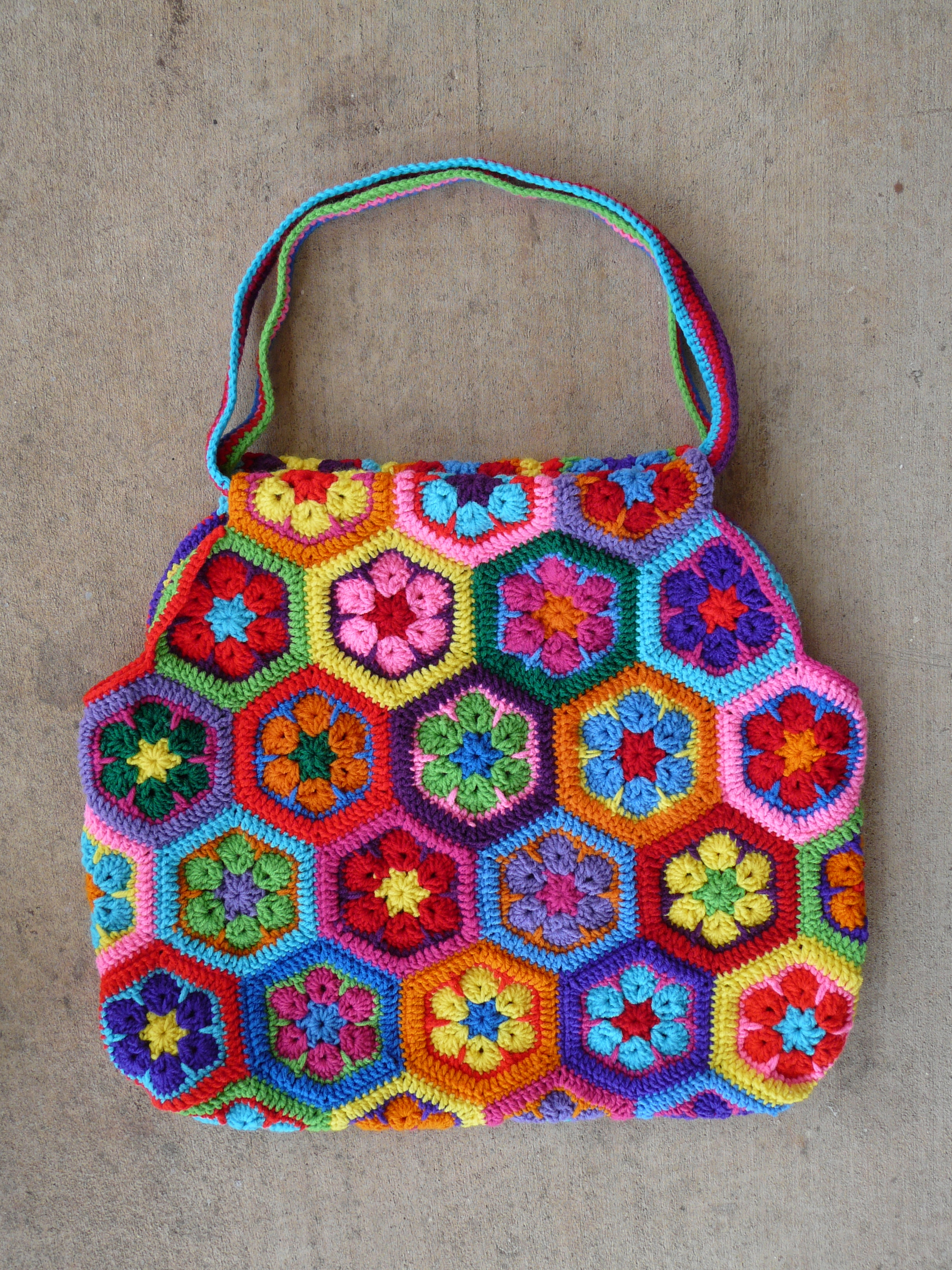 african flower hexagon motif Archives - Crochetbug
