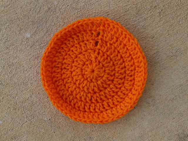 five-round crochet circle