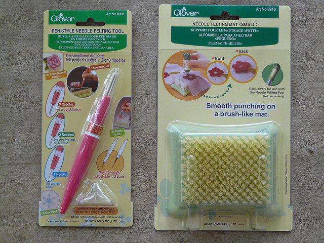 crochetbug, crochet, crochet tools, needle felting, needle felting pen, needle felting pad