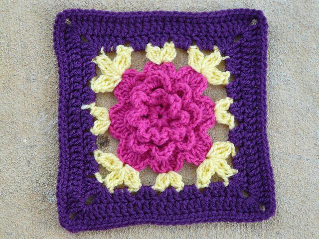 crochet square 100