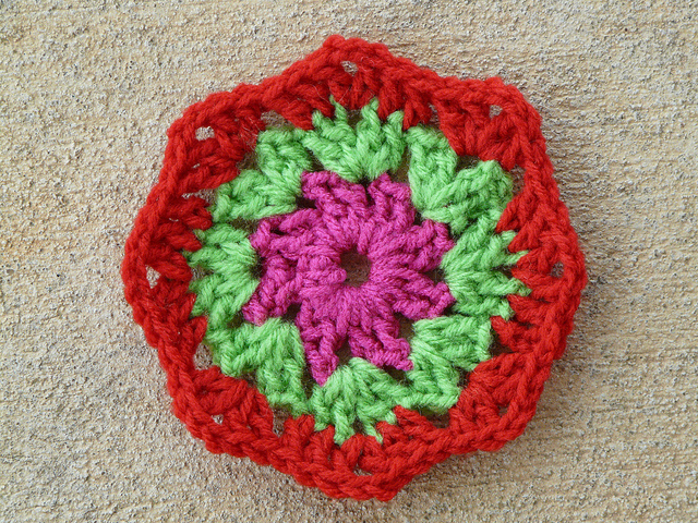 three rounds of a crochet square