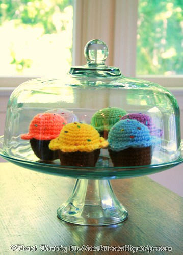 crochetbug, summer crochet, free crochet patterns, crochet cupcake