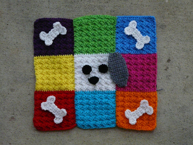 Free Crochet Pattern Pet Mat : Do your ears hang low? - Crochetbug