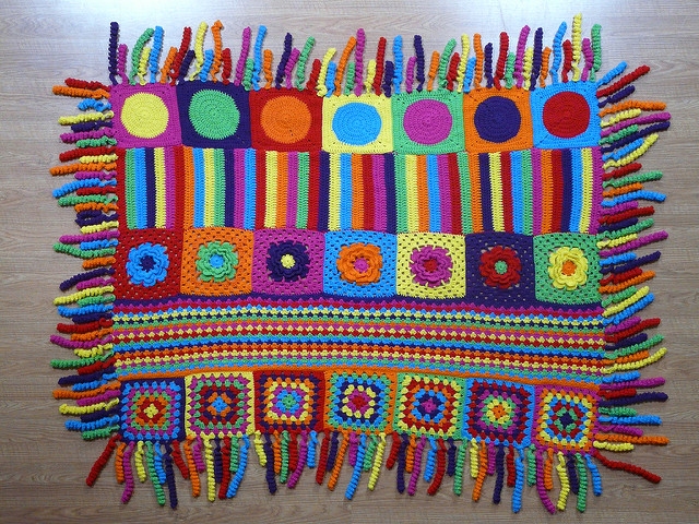 crochet blanket with crochet fringe