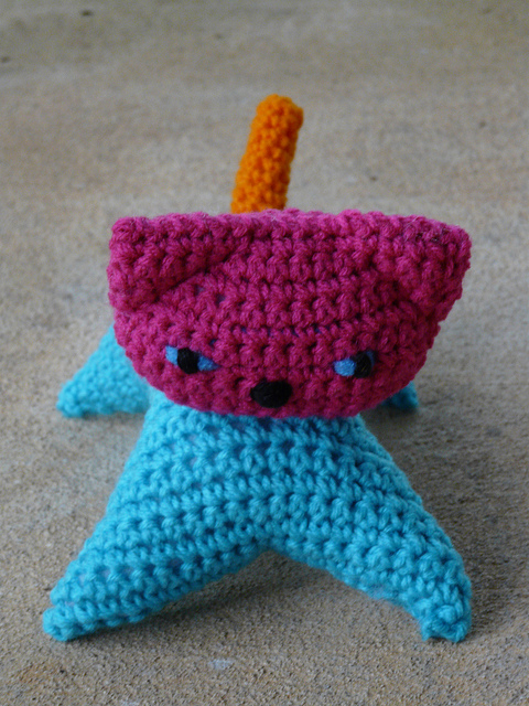 crochetbug, crochet cat, amigurumi cat, crochet toy, diy toys