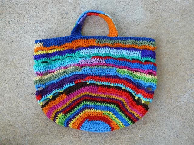 crochetbug, scrap yarn crochet basket, crochet bag, crochet tote, scrap yarn aesthetic, use what you have