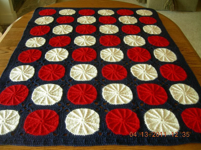 crochetbug, crochet circles, textured crochet circles, crochet blanket, crochet afghan, crochet throw, ellen gormley