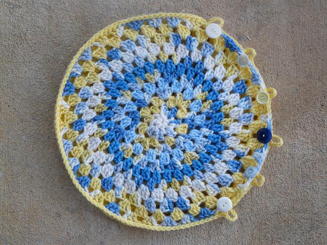 crochet granny pillow cover