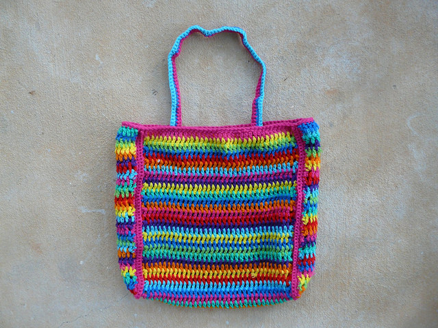 crochetbug, crochet bag, crochet stripes, vintage vertical stripe crochet, crochet tote, crochet purse