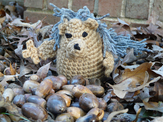 crochetbug, crochet squirrel, amigurumi squirrel, crochet toy, crochet mascot, diy toy