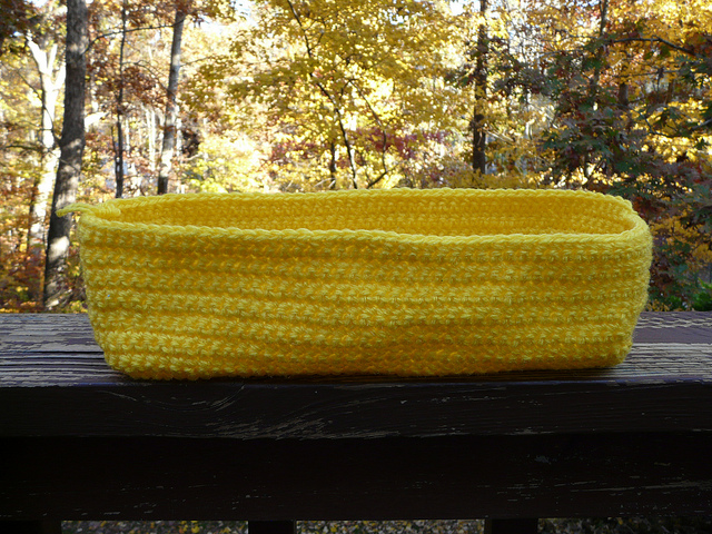 yellow crochet tote, crochetbug, crochet purse, yellow, vintage yarn, crocheted, crocheting