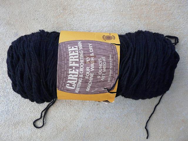 black vintage yarn