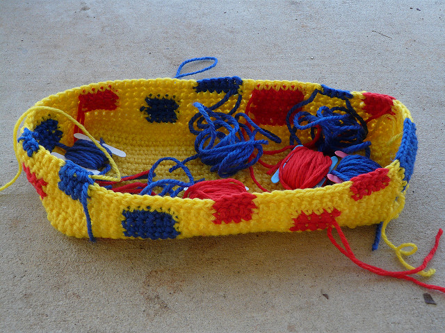 crochetbug, vintage yarn, crochet tote, crochet bag, use what you have