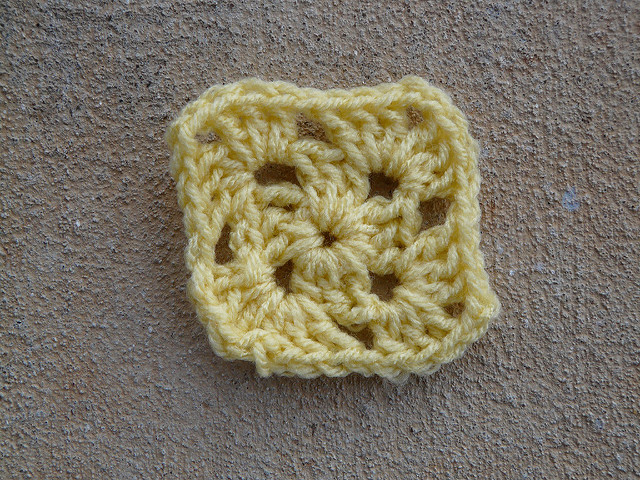 A two-round granny square