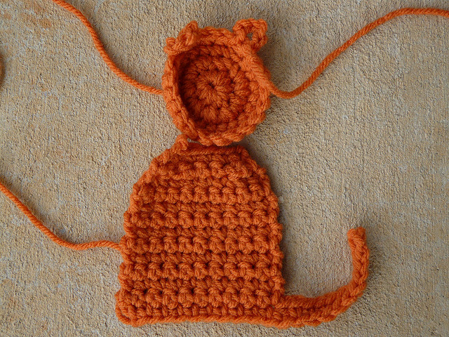 Pieces to make a crochet cat