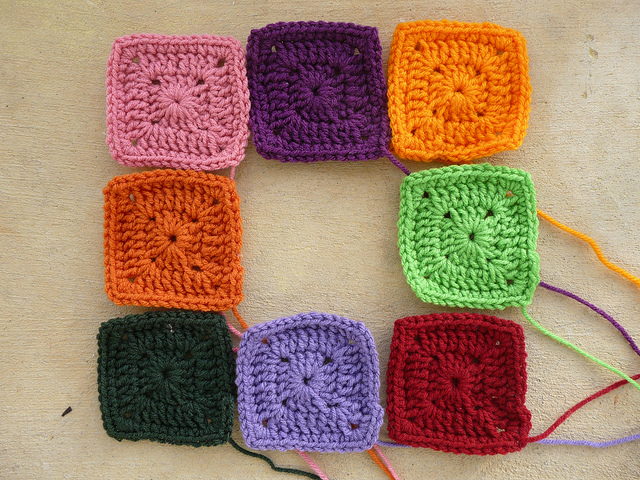 crochetbug, crochet squares, granny squares, how to whip stitch, whipstitch