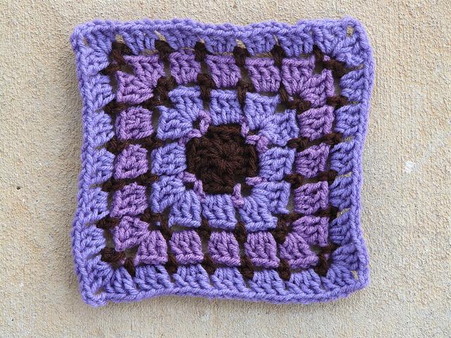 Square 15 Shades of purple crochet square