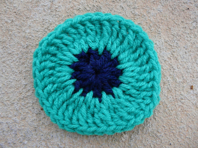 crochet square crochet circle center
