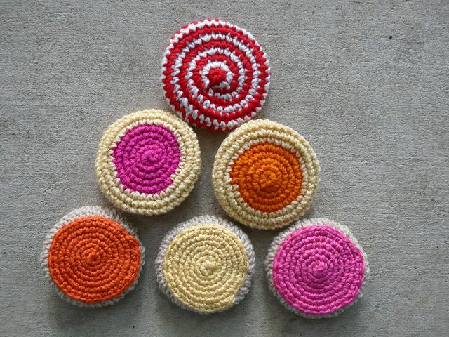 crochet cookie pyramid