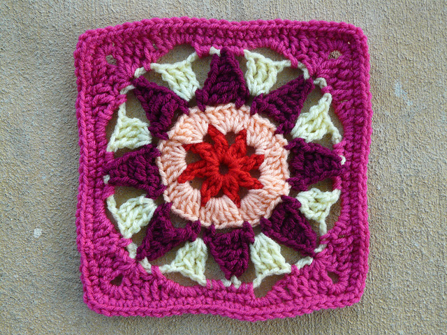 crochet square crochet star center