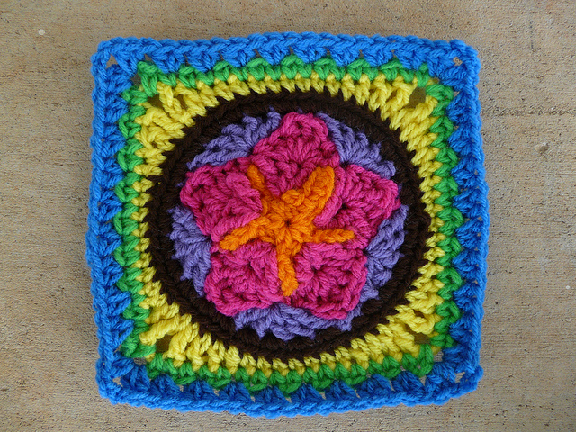 crochet star center crochet square