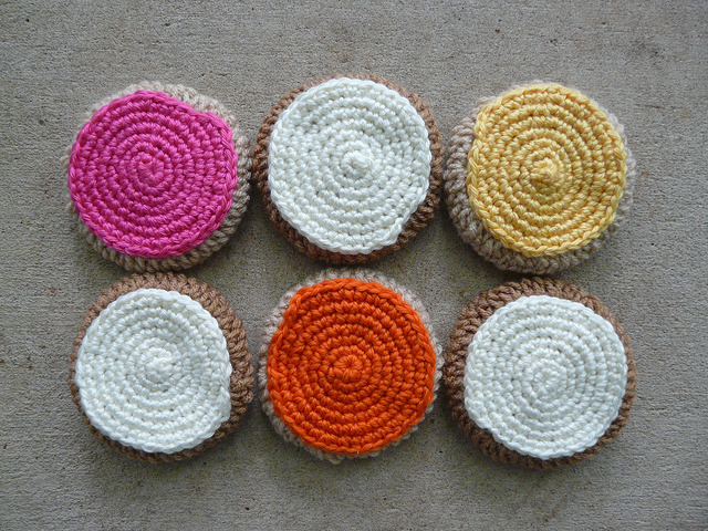 crochet cookies with crochet icing