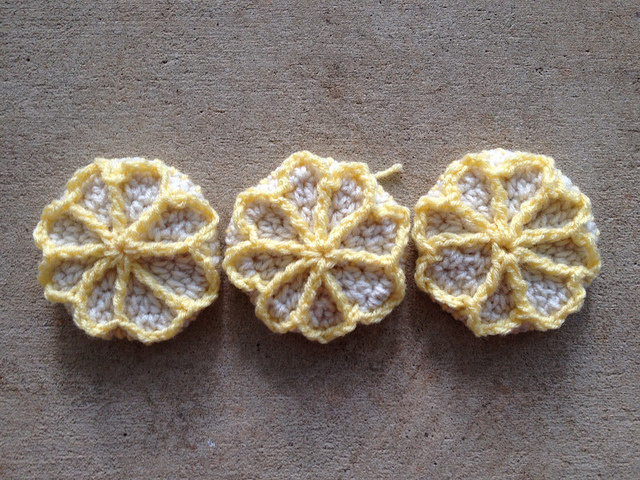 three lemon crochet cookies