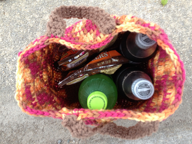 We fill the crochet bag with snacks purchased for the last leg of our much longer than expected drive