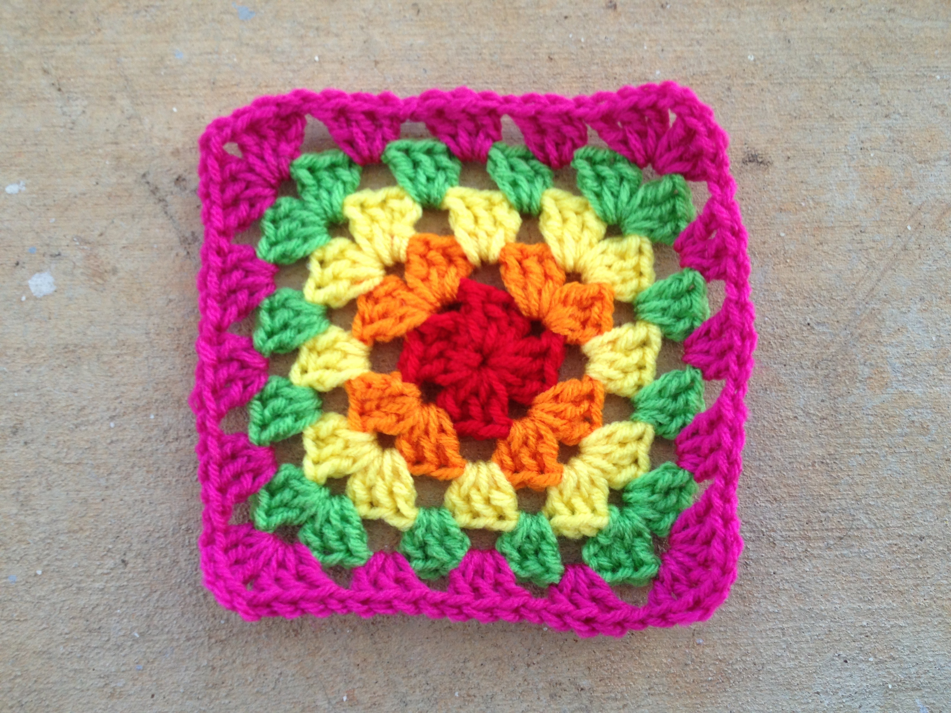 Free Crochet Patterns 6 Inch Squares : Crochet squares on Pinterest Crochet Granny Squares ...