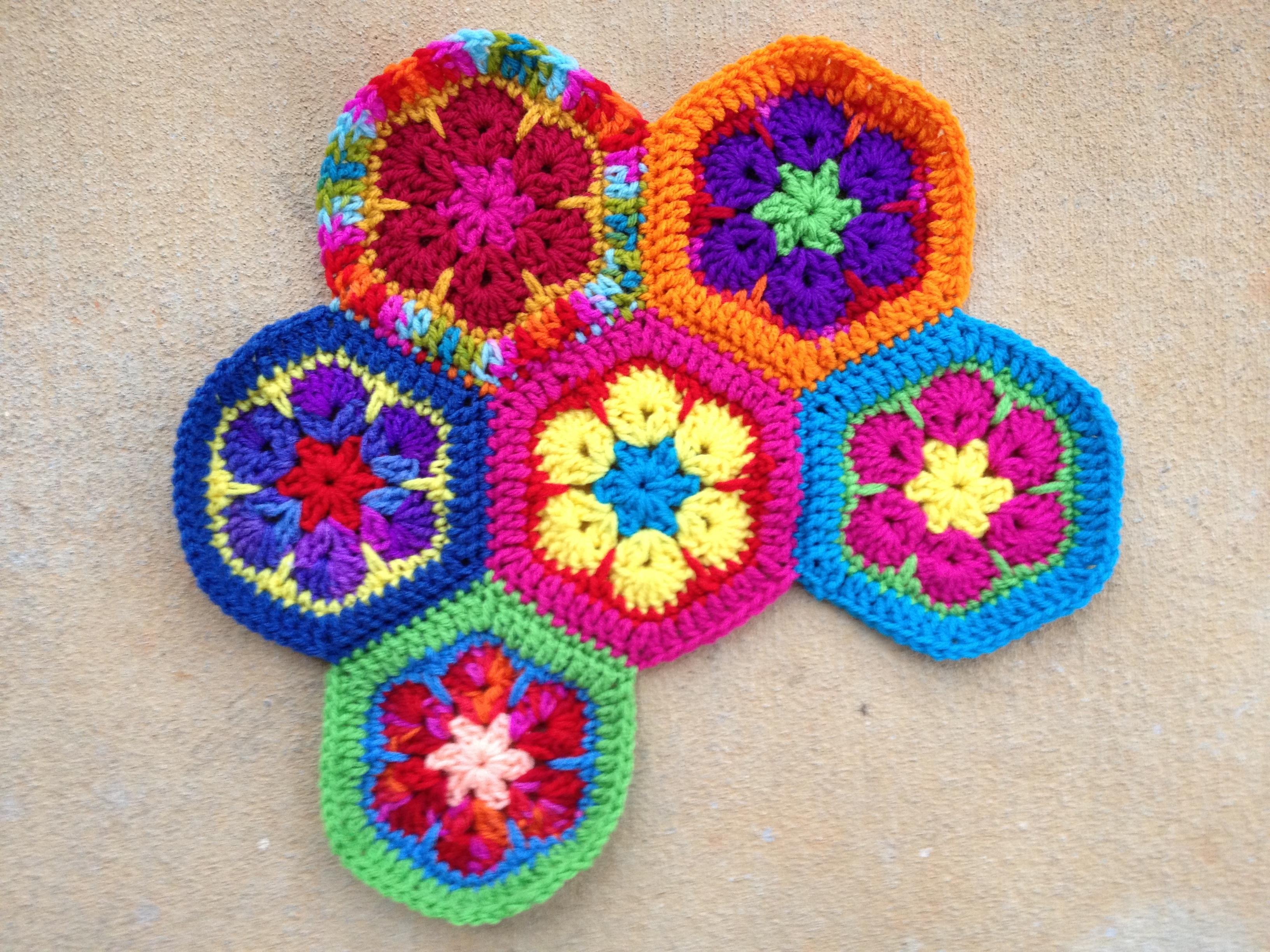 African Flower Crochet Pattern Half : African Flower Crochet Purse Part 2 Pictures to pin on ...