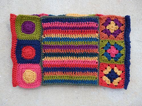 crochetbug, crochet ascot, crochet circles, granny squares, double crochet stripes, catherine wheel crochet stitch, crochet flower, crochet circles