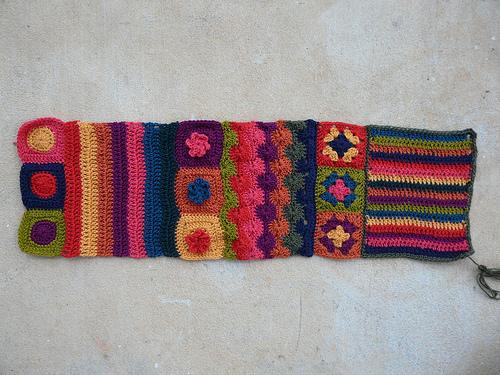 crochetbug, crochet squares, crochet circles, crochet stripes, crochet strips, crochet flowers, granny squares, textured crochet squares, crochet ascot