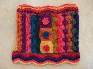 fantascot, crochetbug, crochet ascot, crochet cowl, granny squares, crochet stripes, crochet circles, crochet flowers
