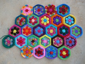 crochetbug, crochet flowers, crochet hexagons, African flower crochet hexagon, crochet meditation, scrap buster, stash buster